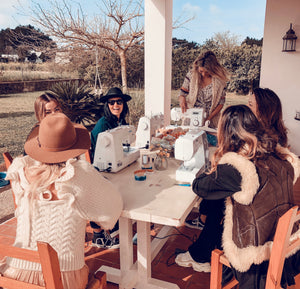 Full moon sewing in Ibiza        ☾     Diary of a women's creative circle