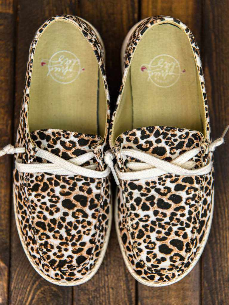 Howdy Chic Loafers - Tri Spot