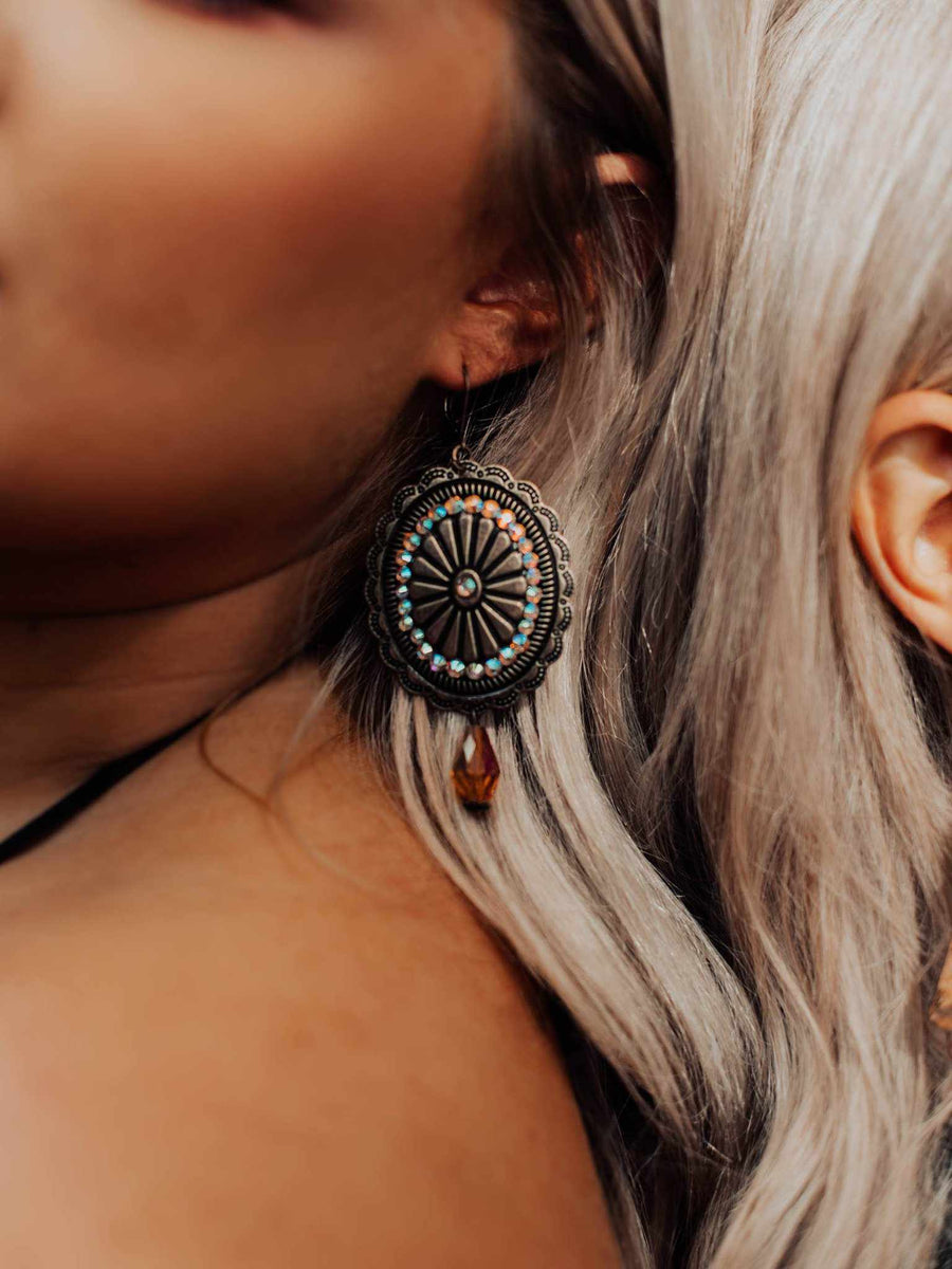 Gladiator Chic Earrings - Antique Bronze