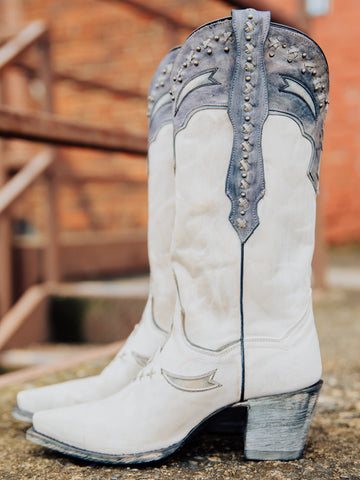 Shiver Boots