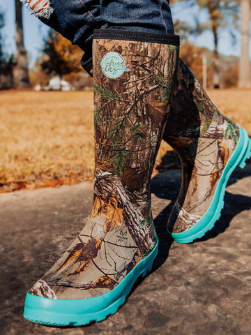 Pretty in Camo Boots - Mint