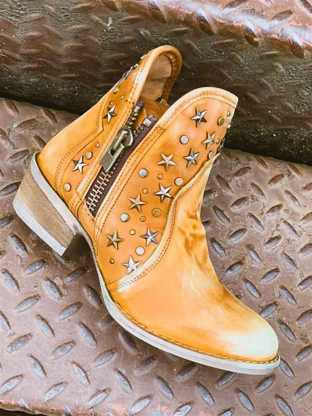 Star Studded Honey Bootie Circle G Bootie by Corral