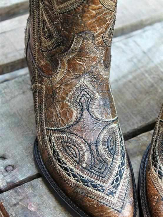 Antique Saddle / Black Embroidery - Boots by Corral