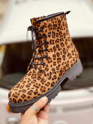 SFC Chic Kickers - Leopard