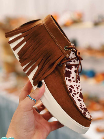Moovin Forward Fringe Sneakers - Cow