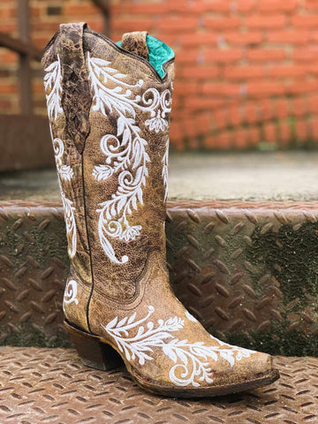 Brown And White Embroidery Glow Boot