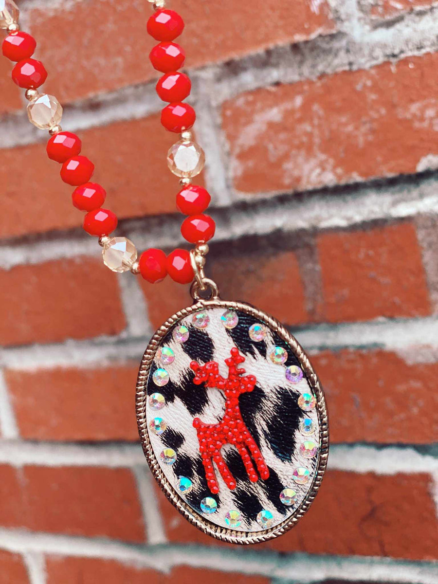 Leopard Pendant Necklace With Reindeer