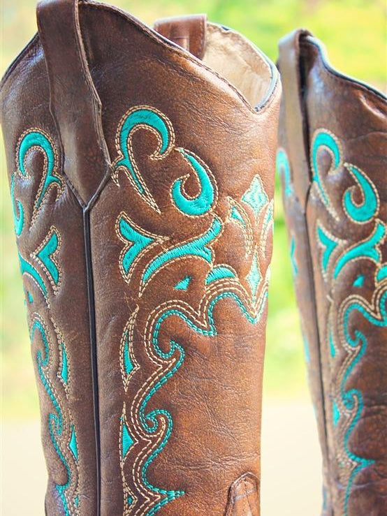 Brown Turquoise Side Embroidery Circle G by Corral