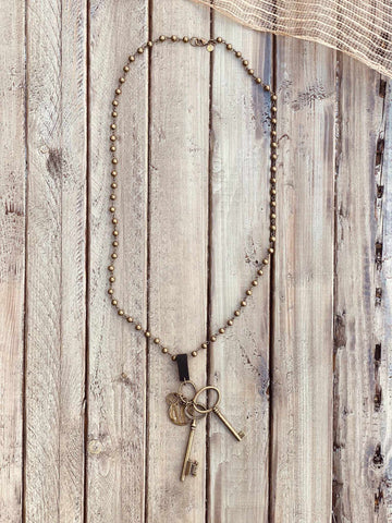 Suede Strap & Keys Rosaried Chain Necklace