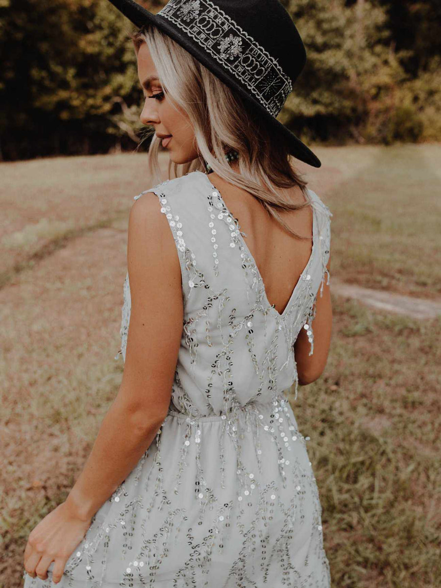 Story Of A Girl Sequin Dress - Gray