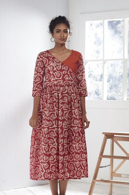 Red Ombre Chanderi Silk Block Printed Kurta with Cotton Pant - Set of 2