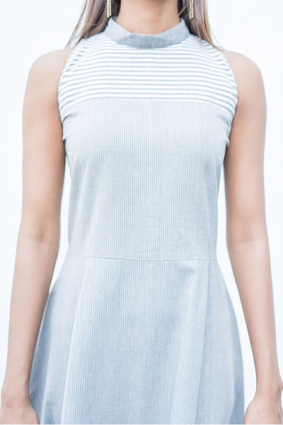 Grey halter neck long dress. - noolbyhand.com
