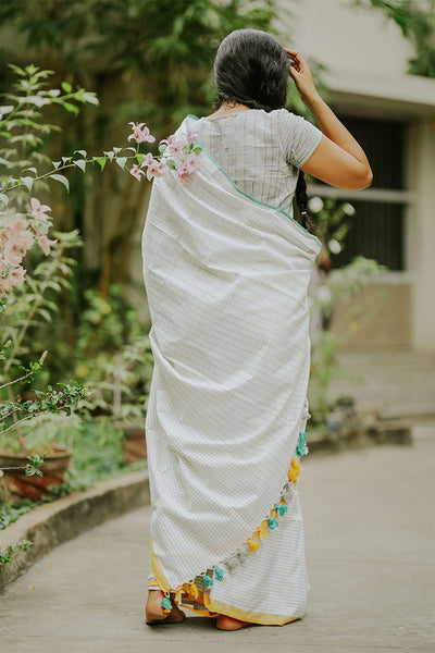 Grey Checks Saree (Cotton)