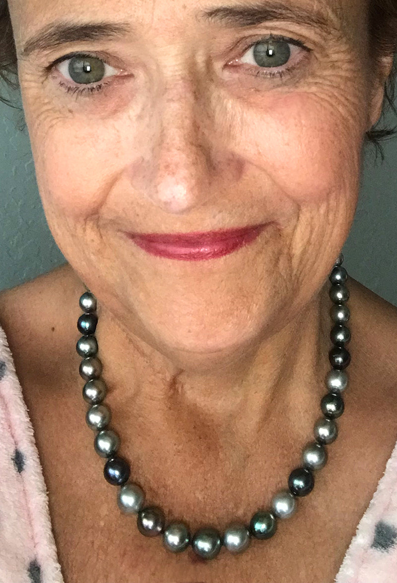 PurePearls.com Customer Review Selfie Tahitian Pearl Necklace