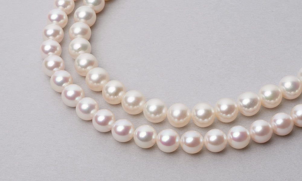 Freshwater versus Akoya Pearls: Which Pearl Type to Choose