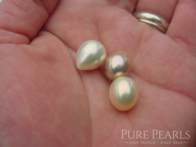 What Colors Do Metallic Freshwater Pearls Come In?