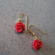 Litle red roses earrings