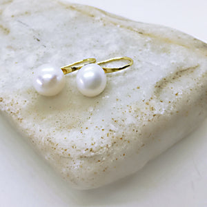 Genuine 11-12 mm FreshwaterWhite and Gray button freshwater Pearl hook Earring