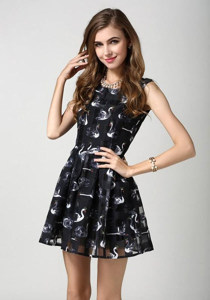 Black Floral Pleated Round Neck Short Sleeve Mini Dress