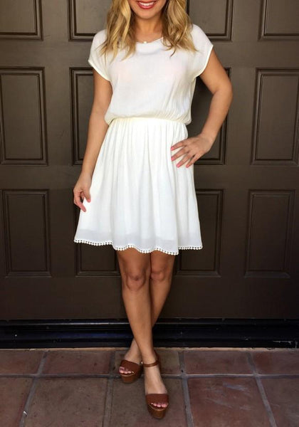 White Bow Cut Out Lace Pleated Ruffle Homecoming Party Mini Dress