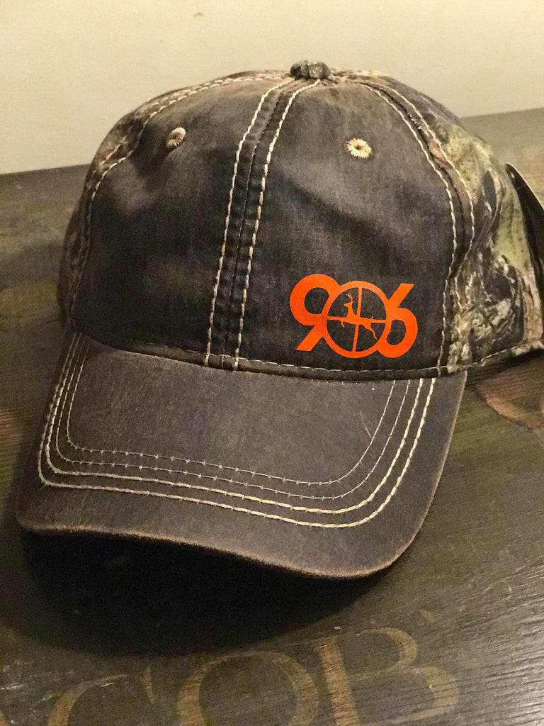 906 Deer In Scope Hat