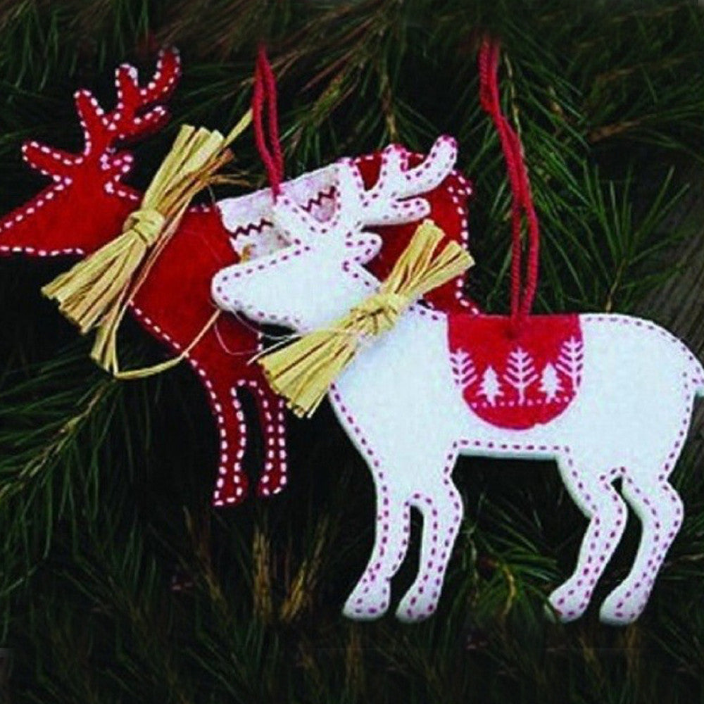 2 PCS Deer Hanging Pendant Christmas Trees Decoration Red White Non-woven Fabric Xmas Ornaments arvores de natal enfeites - AtHomeWithZane