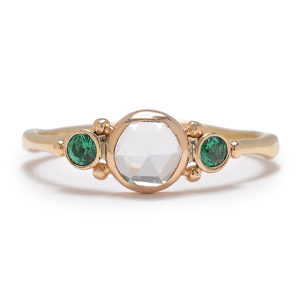14K SAPPHIRE AND EMERALD RING