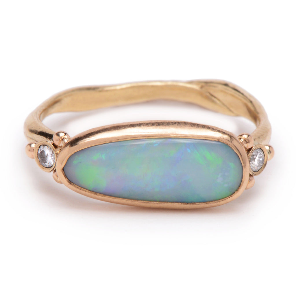 14k OPAL WITH DIAMONDS RING