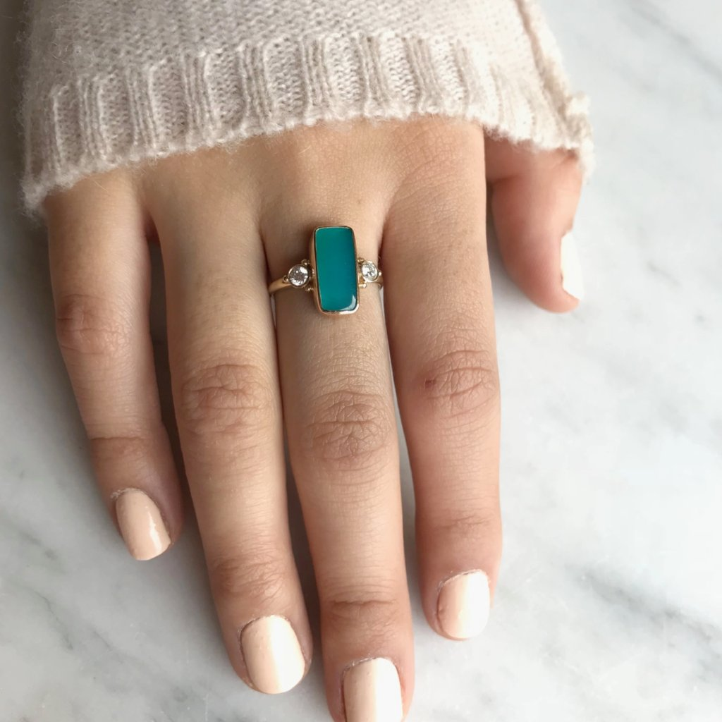 14K GEM SILICA WITH DIAMONDS RING