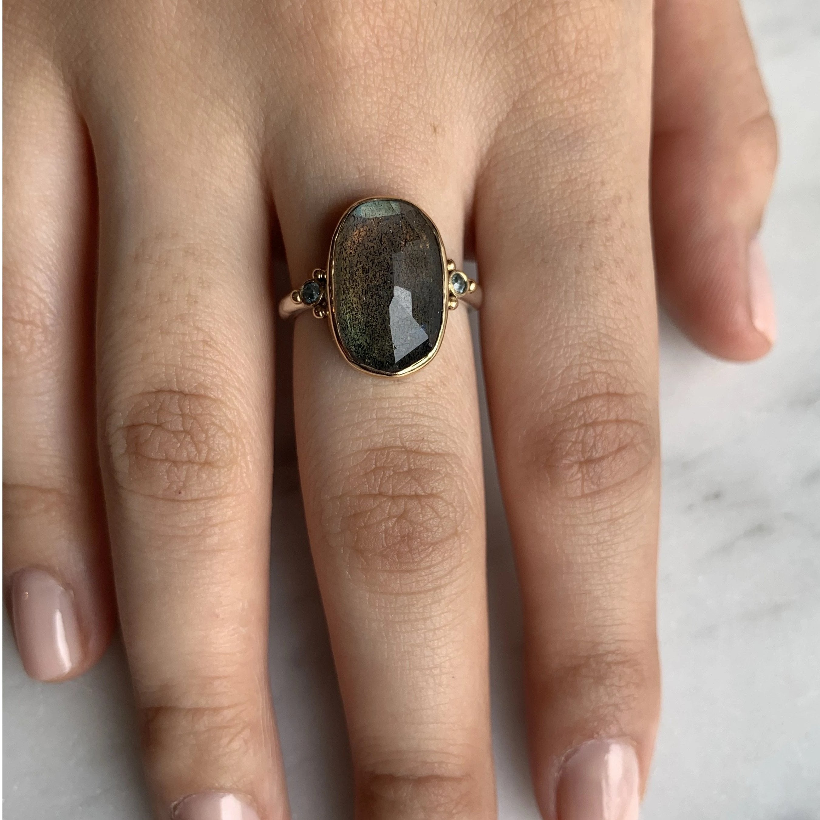 14K AND SS ROSECUT LABRADORITE WITH LONDON BLUE