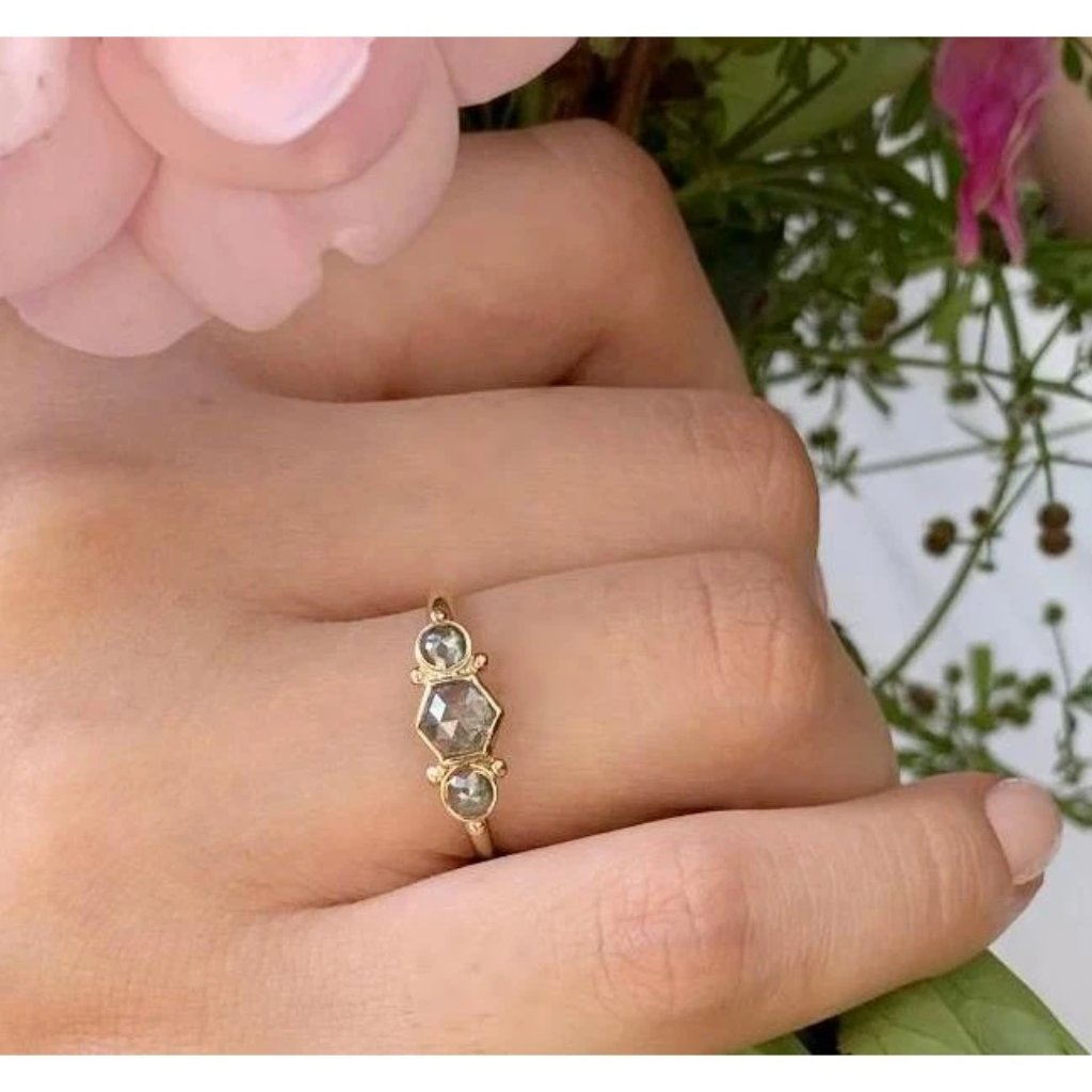 14K HEXAGON NATURAL DIAMOND