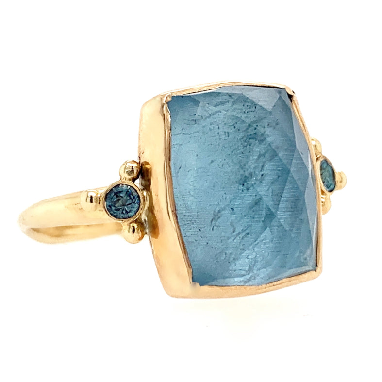 14K RECTANGLE AQUA WITH SIDE STONES