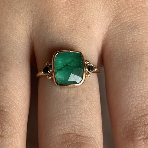 14K EMERALD WITH BLACK DIAMONDS
