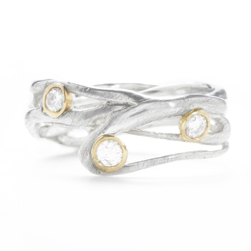 SEAGRASS BAND WITH 3 DIAMONDS