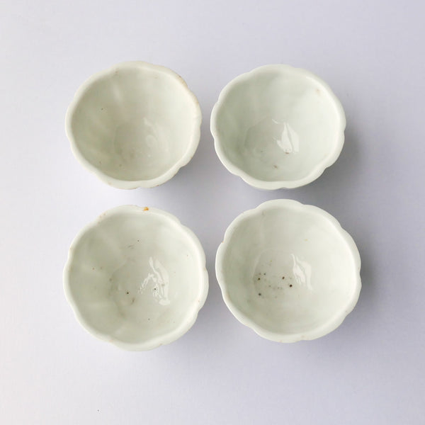 60ml Qing Dynasty DeHua LianHua Antique Teacups