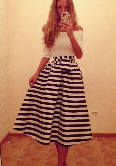White Striped Print Sashes Off Shoulder Backless Swing Tutu Homecoming Party Elegant Maxi Dress