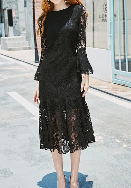 Black Patchwork Lace Round Neck Flutter Sleeve Mermaid Maxi Dress