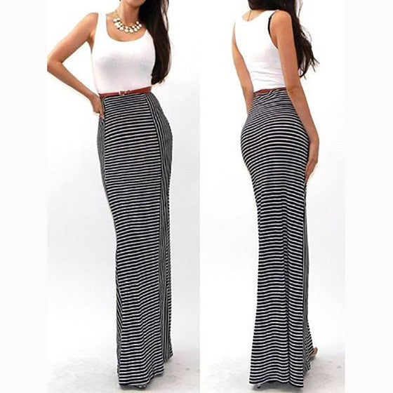 White Striped Print Round Neck Fashion Maxi Dress