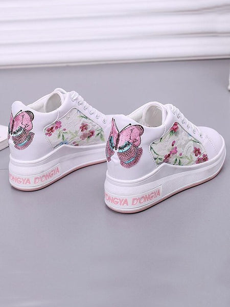 New White-Pink Round Toe Flat Embroidery Fashion Shoes