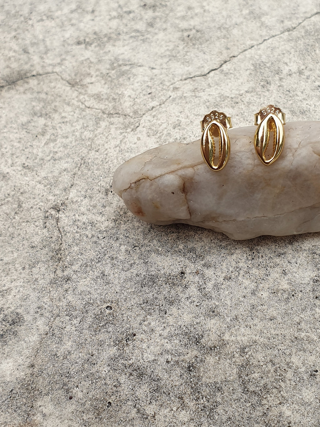 Isle 18k Gold Plated Shell Earrings