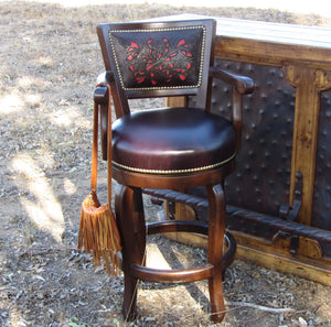 Vaquero leather bar stool - 360 swivel