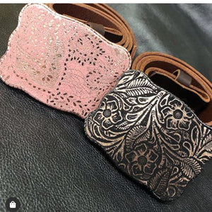 Wallet Buckle embossed leather - Metallic pink