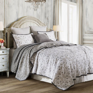 Fleur De Lis quilted bedding set - Single / Queen