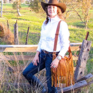 The Trinity Grande Make a cowgirl statement without saying a word, add layered fringe texture to your outfit.  A beautiful big leather fringe handbag for everyday use - a perfect 'day' bag that's big enough for all your essentials... including your iPad..