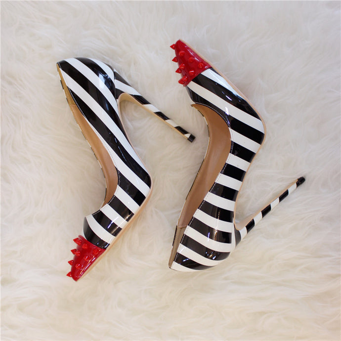 Black and white High heel Pumps