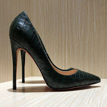 Snake Pattern Green Pumps - Sherilyn Shop