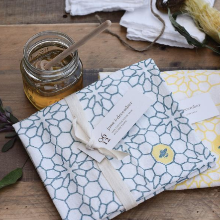 Flour Sack Towels, honeycomb pattern, tabletop, place setting, table setting, beautiful, soft, absorbing and durable, available at Small Batch Graphics and Goods in New Bern NC