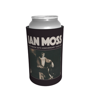 IAN MOSS - STUBBY COOLER - Merch Jungle