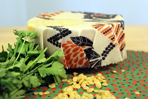 Beeswax wrap photo by @livesmallbemore
