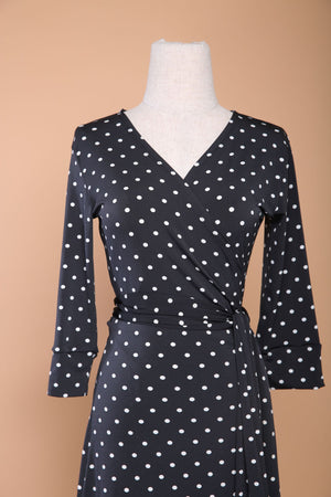 Load image into Gallery viewer, B&W Polka Midi  Wrap Dress
